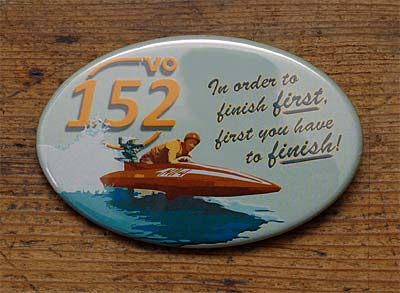 "152VO-Button ""First"""